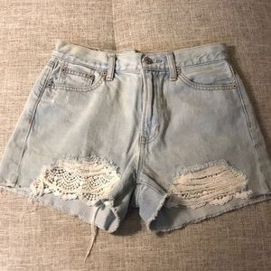 High waisted denim shorts with lace details